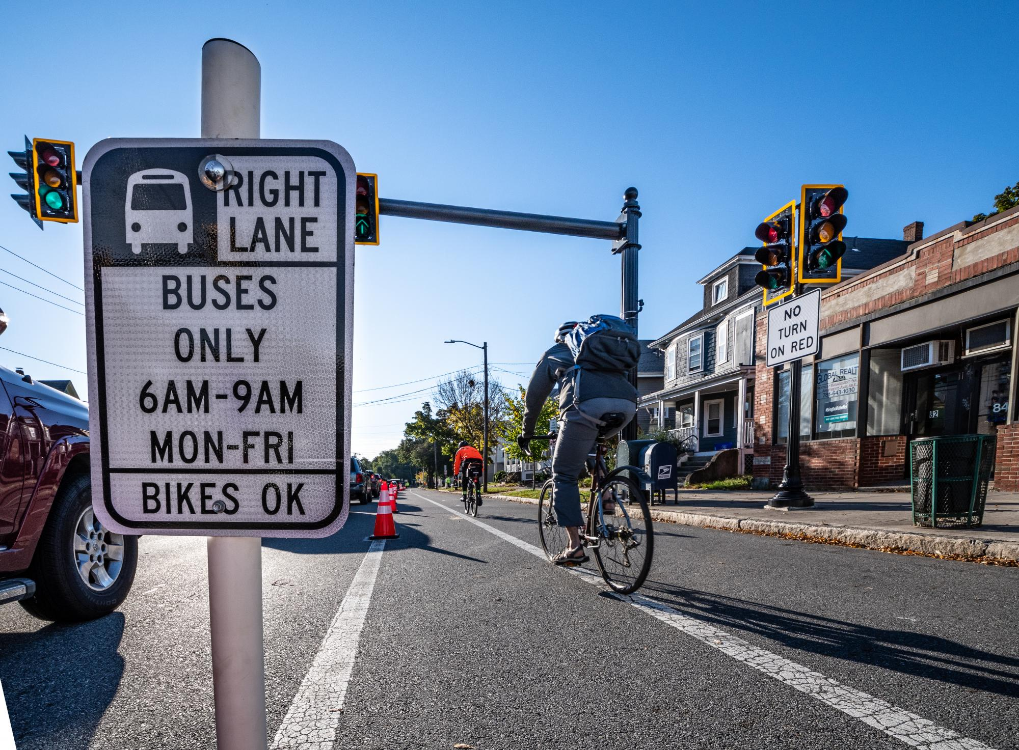 """""""Right lane 