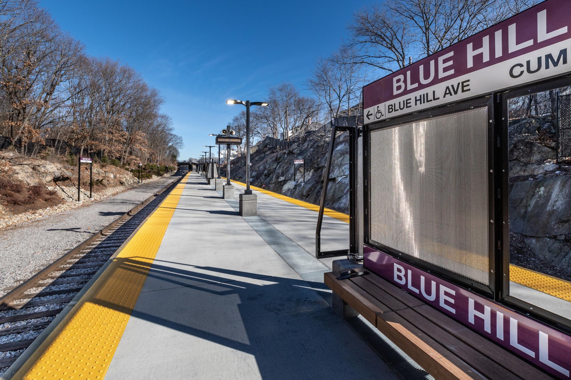 Station platform (January 2019)