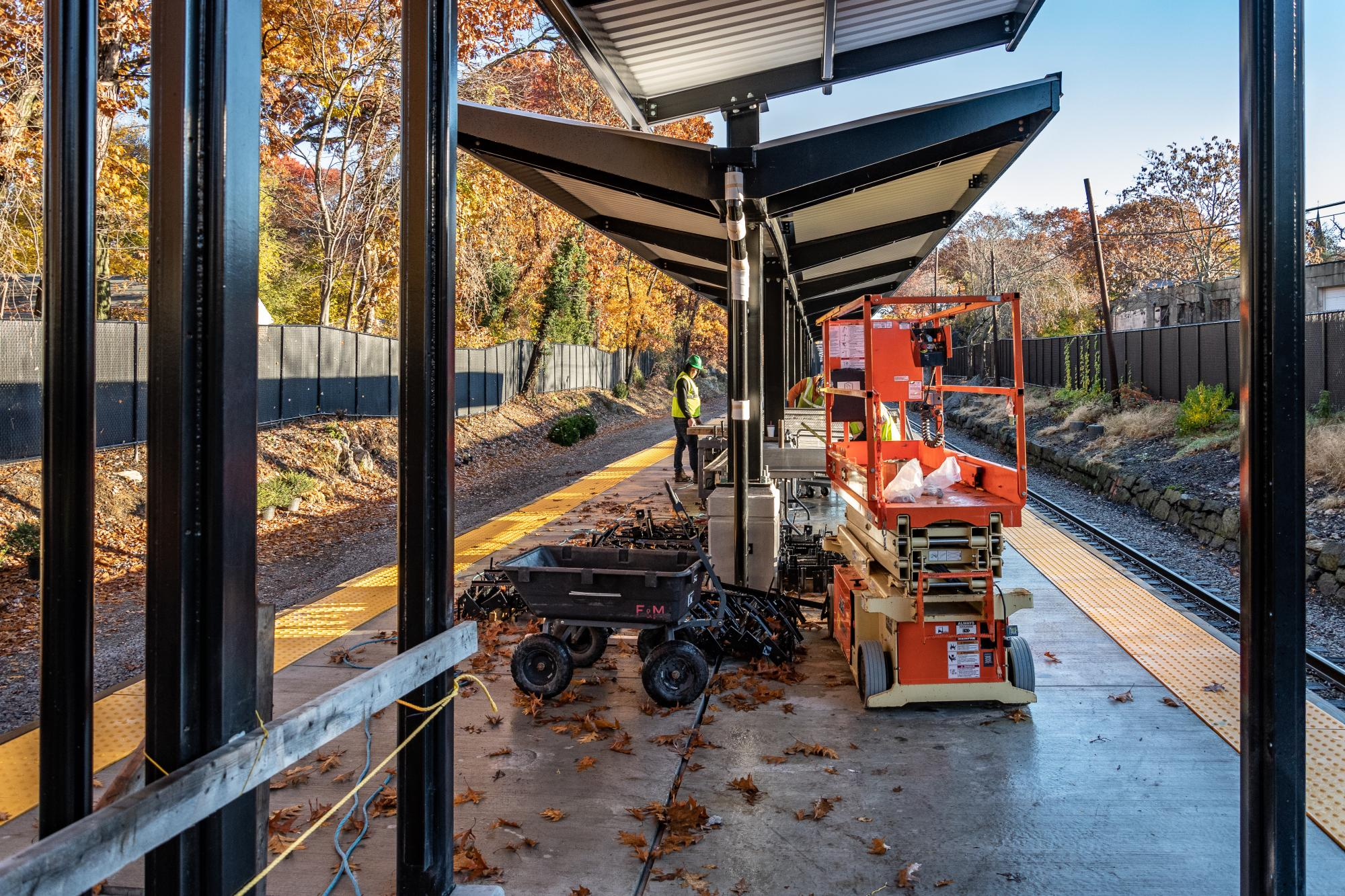 Blue Hill Ave station platform with canopy (November 2018)
