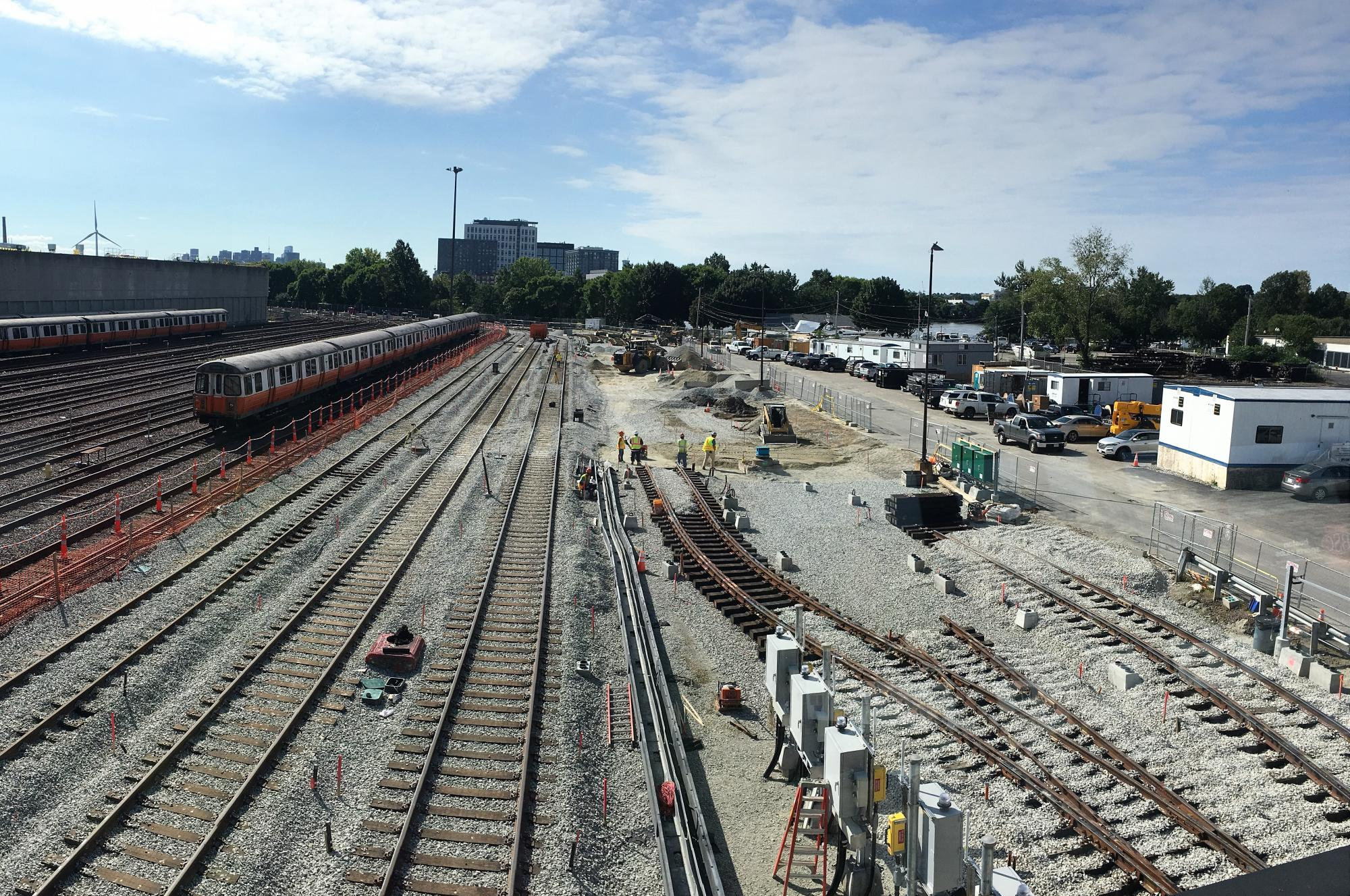 Wellington Yard expansion tracks 33 to 38: Installation of new storage tracks and ballast (September 2018)