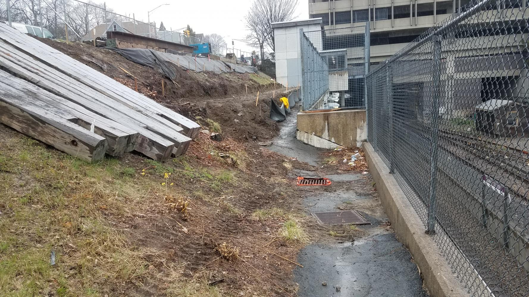 Worksite setup at accessible walkway in Quincy Center (April 25, 2018)