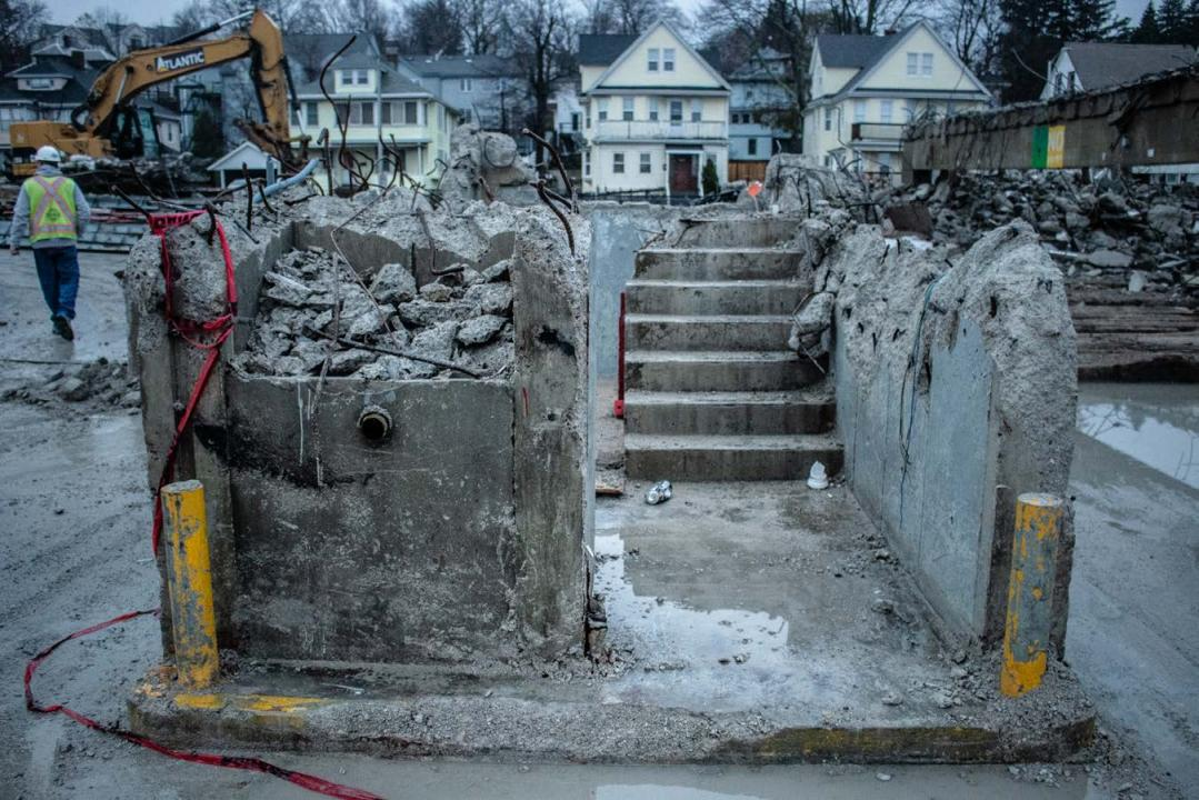 Close up of Quincy Center garage demolition progress (November 27, 2018)
