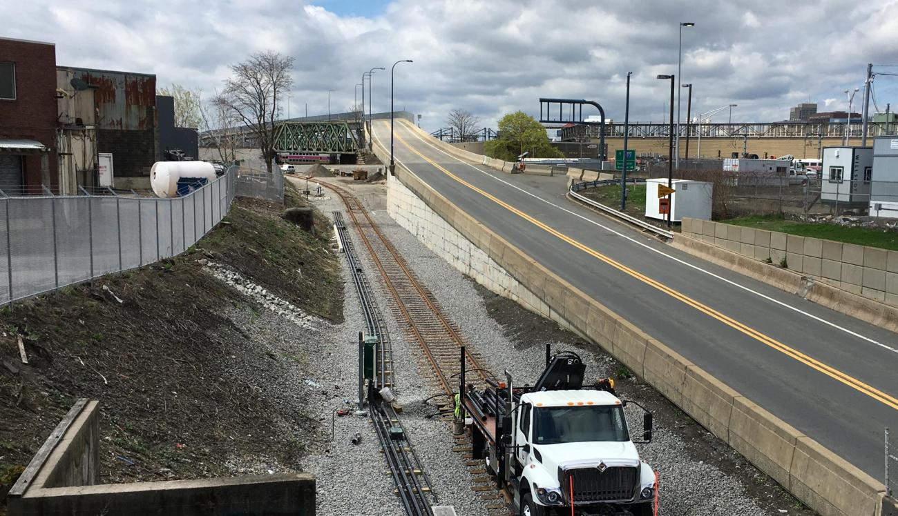 Red Line Test Track looking south toward the Midland Bridge and Cabot Yard lead tracks (April 2019)
