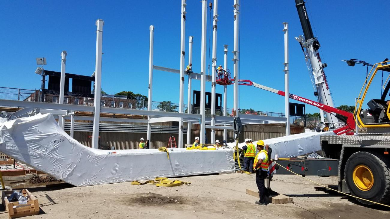 Erection of headhouse steel frame (July 12, 2018)