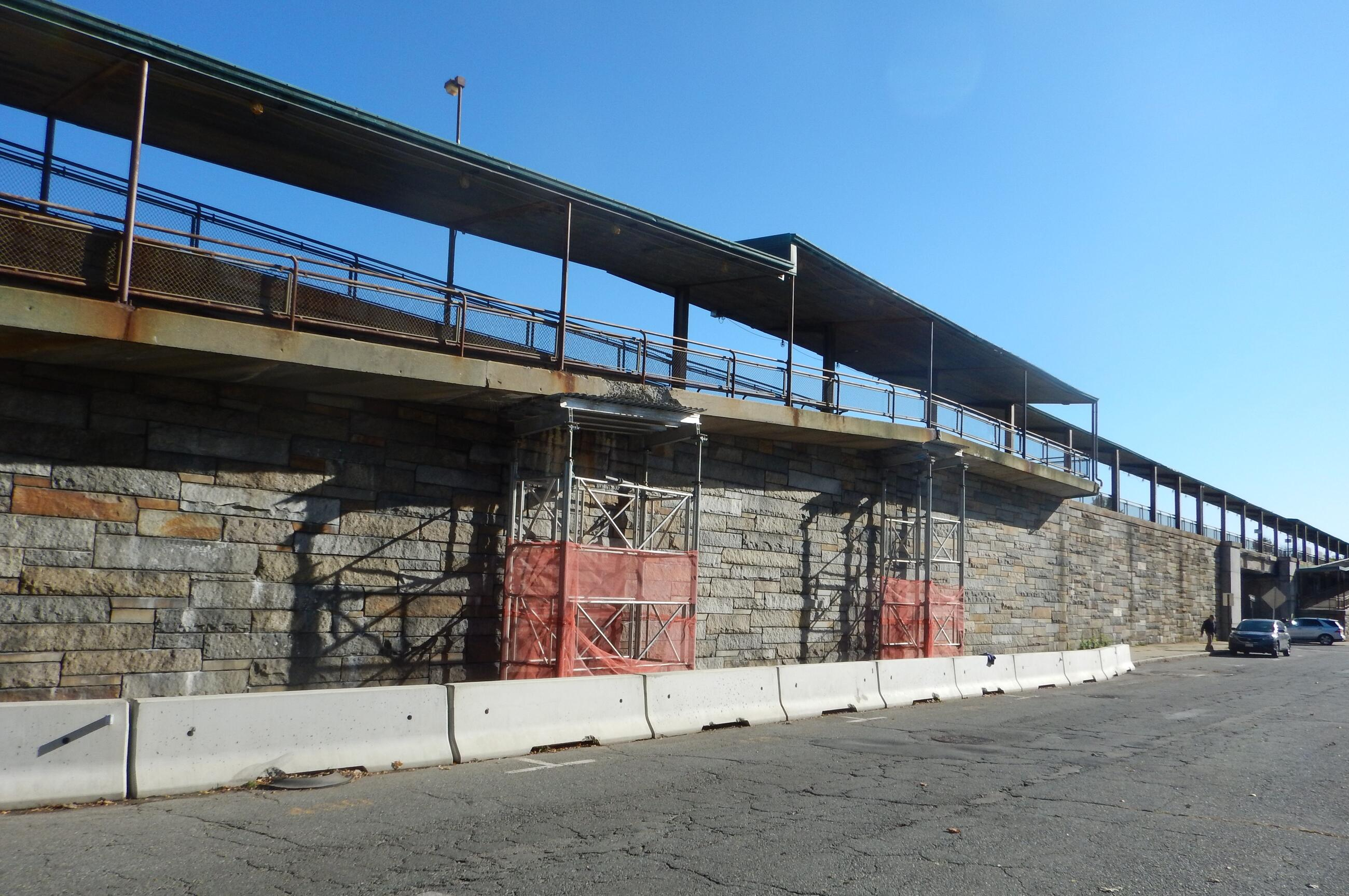 Winchester Station has been closed for emergency ramp demolition.