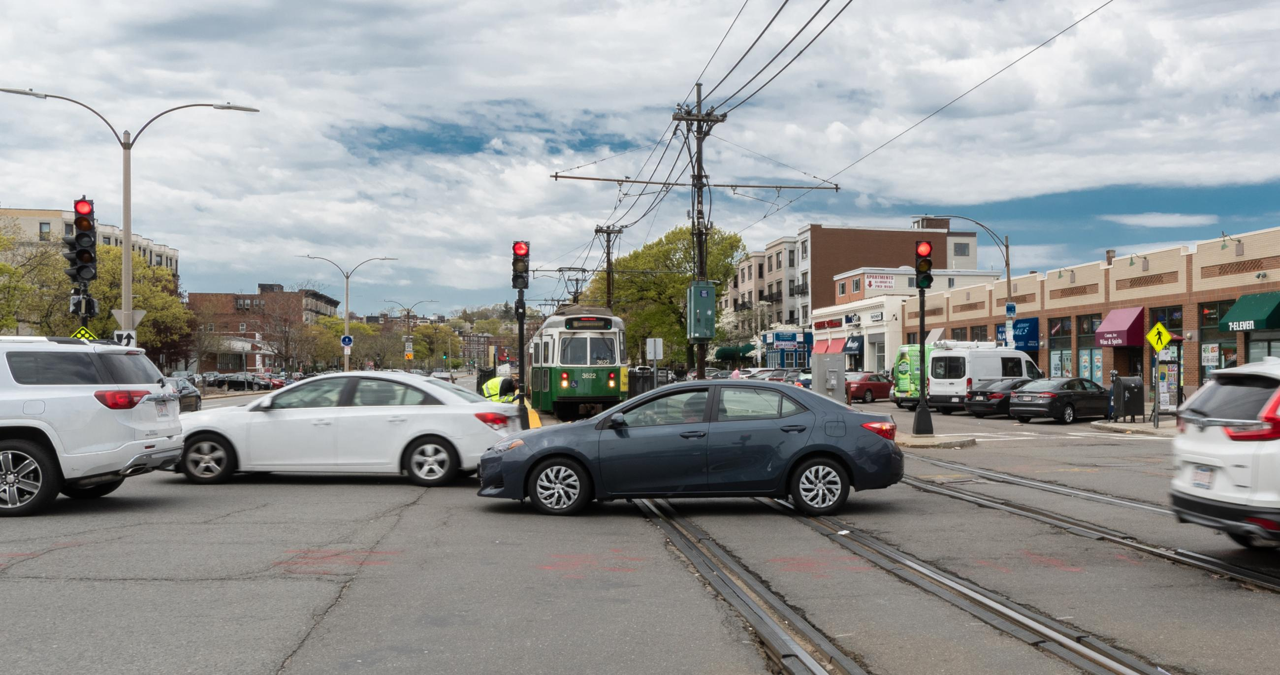 Drivers and pedestrians cross the Green Line B
