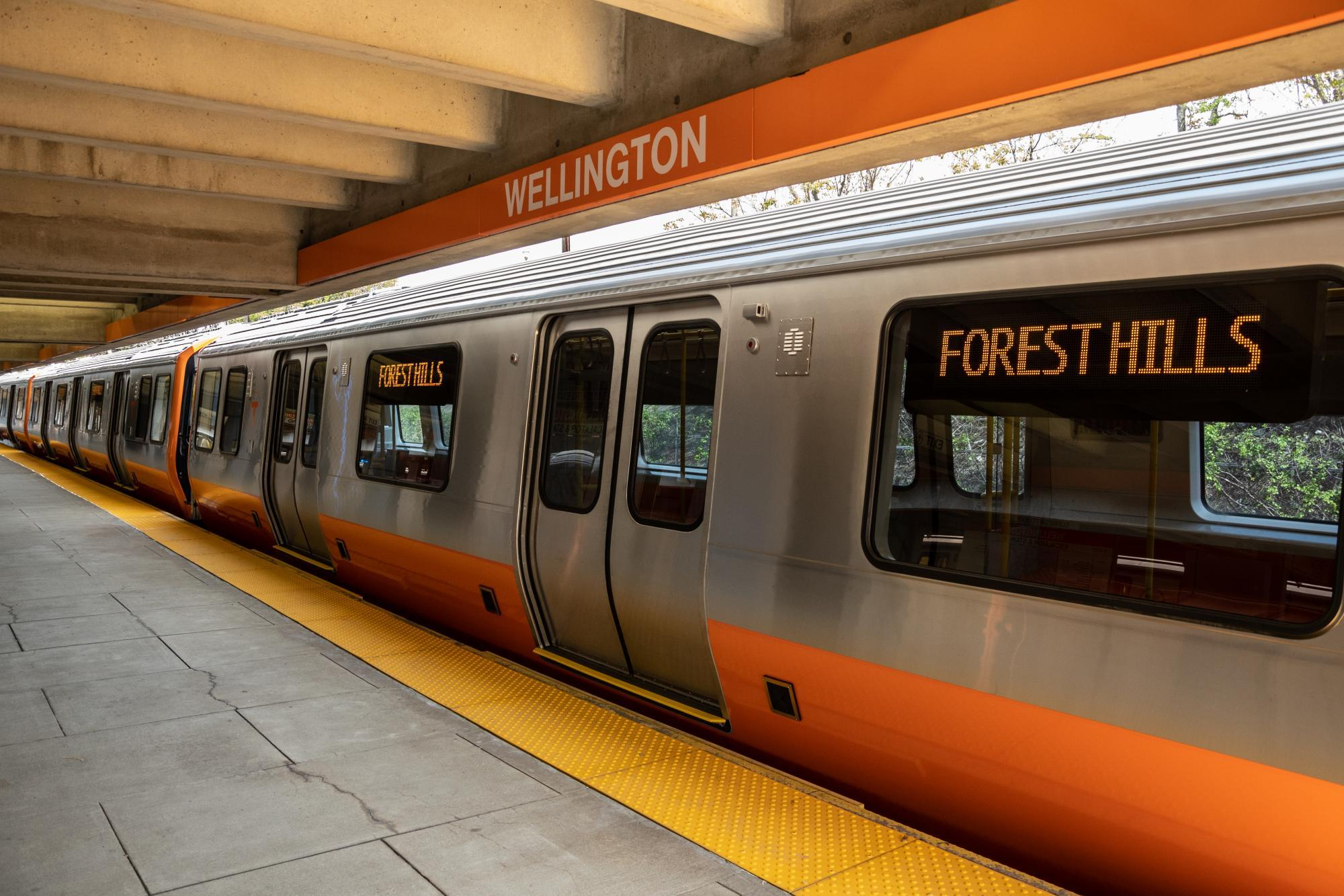 Orange Line test train pulls into Wellington Station