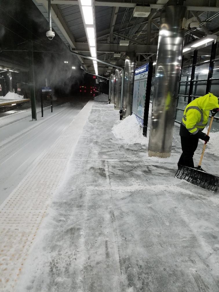 wonderland-shoveling-platform.jpg